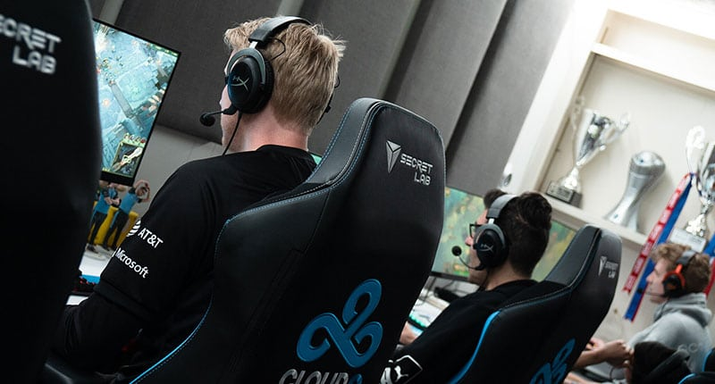 Pro gamers using Omega chairs