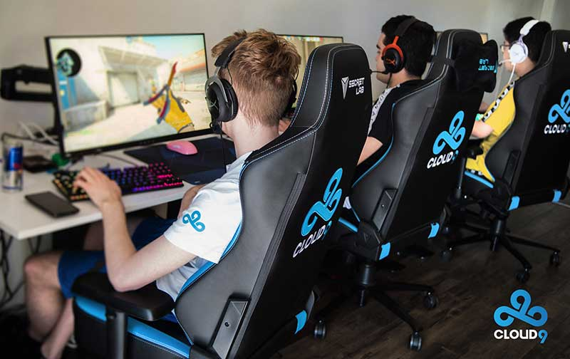 Pro players using Secretlab chairs for training