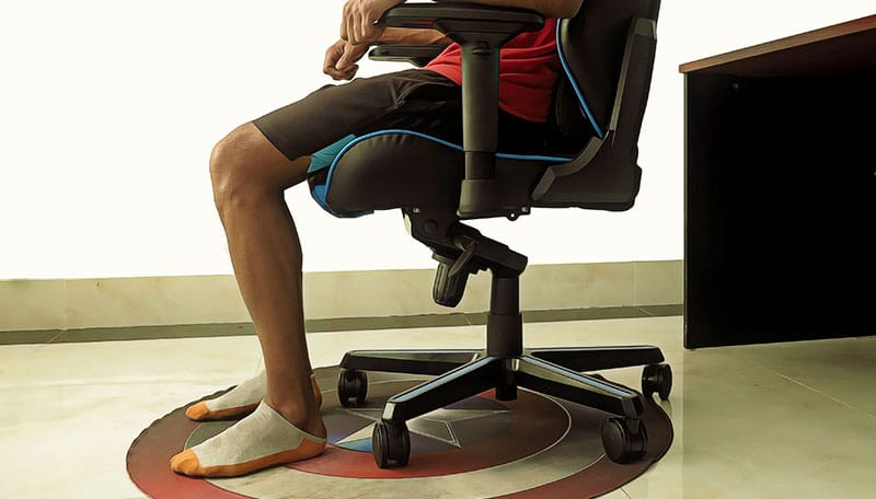 How to use a gaming chair floor mat