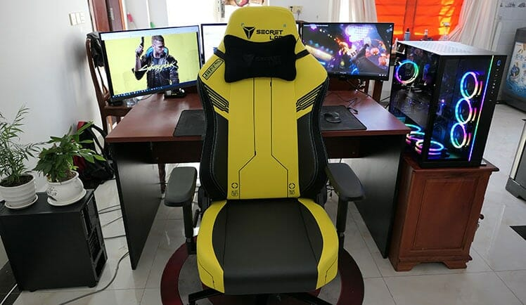 Secretlab Cyberpunk gaming chair