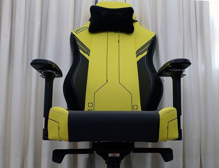 Secretlab TItan Cyberpunk gaming chair