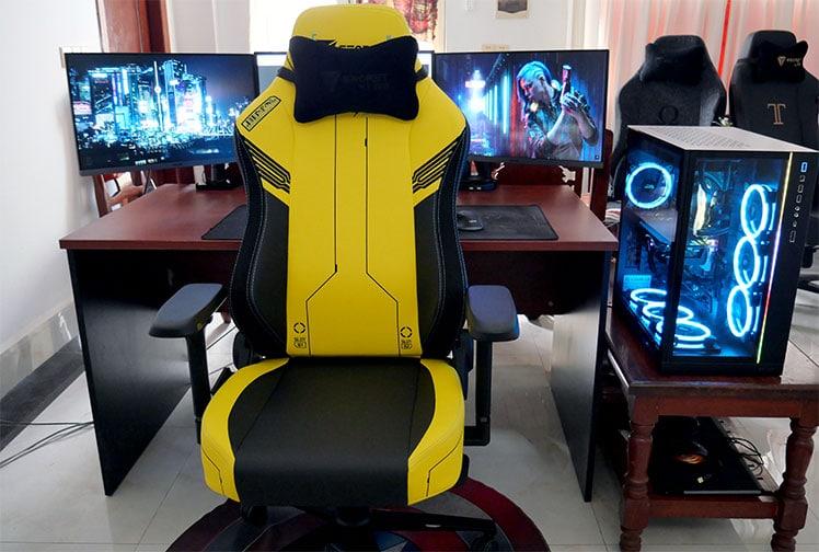 Sectetlab Titan Cyberpunk versus plain designs