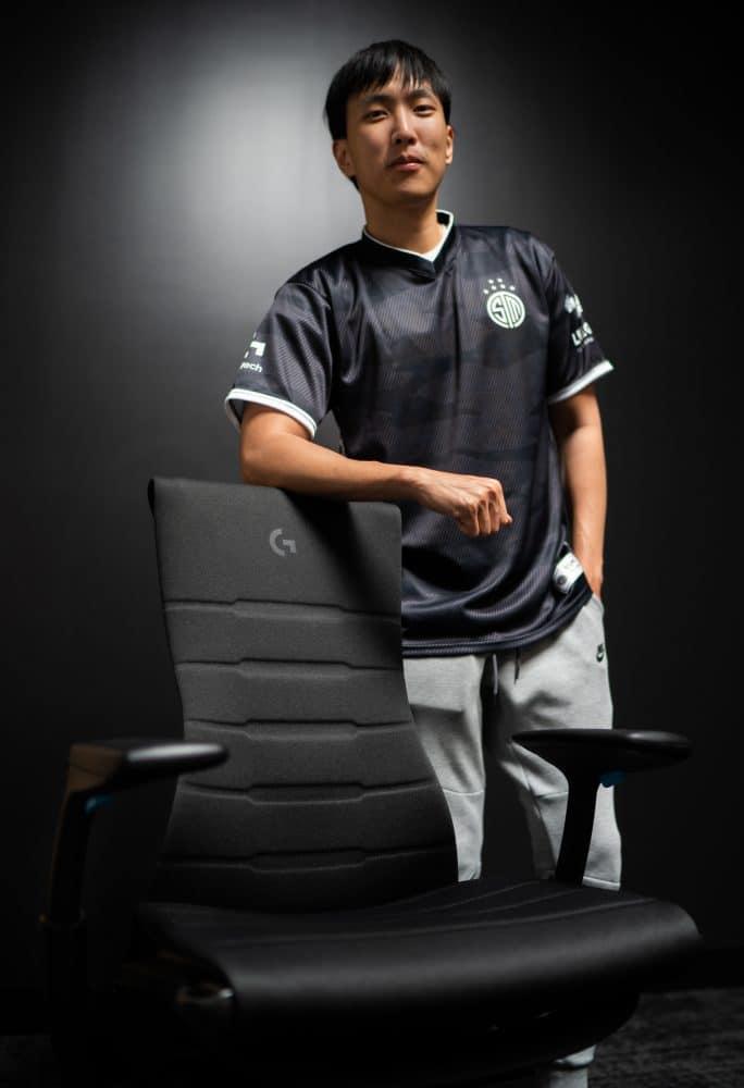 Team SoloMid Herman Miller Embody gaming chair