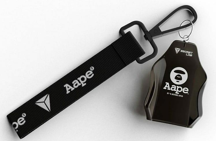 Secretlab AAPE Edition lanyard and keychain
