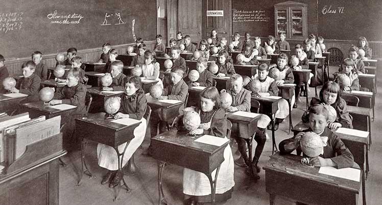 Classroom ergonomics in 1892