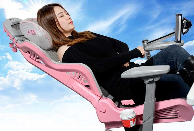 Woman recline in DXRacer Air gaming chair