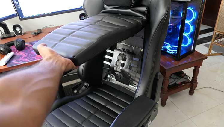 DXRacer Master backrest opened up